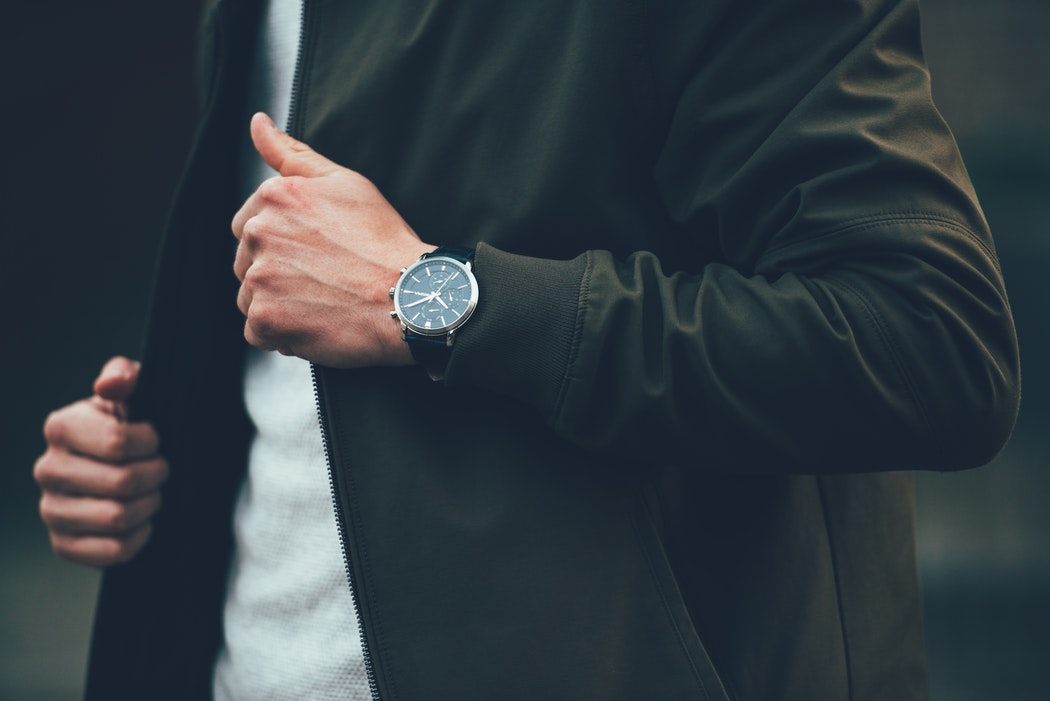 online store b2322 8f2ed 20代前半の大学生や新社会人におすすめの腕時計20選!【メンズ ...